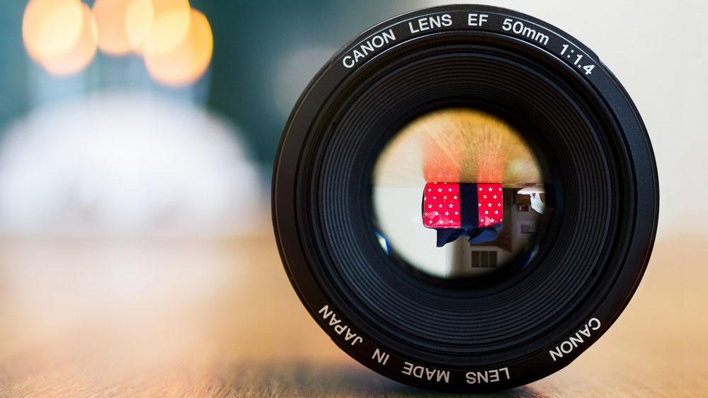 چگونه لنز دوربین را تمیز کنیم؟